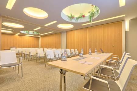 Centre de conférence capital 8 : Grand salon, Salle de location Paris Monceau  #0