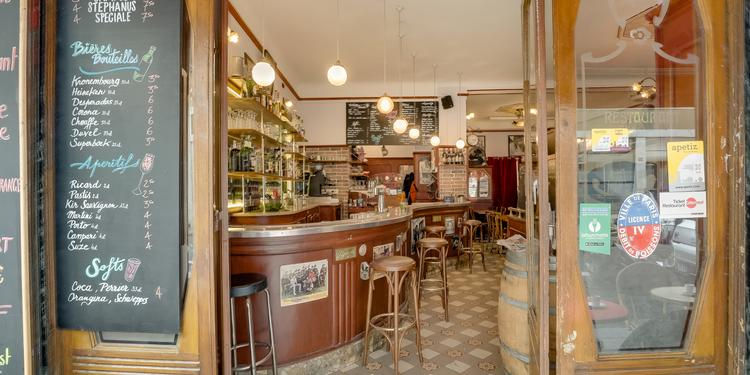 Vicq d'azir, Bar Paris Colonel Fabien #0