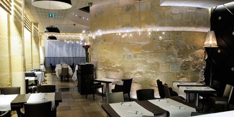 Un Dimanche à Paris, Restaurant Paris Odéon #0