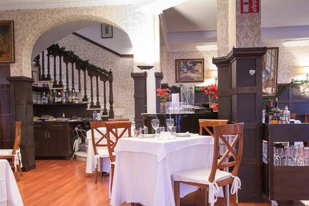Restaurante La Favorita, Restaurante Madrid Almagro #0