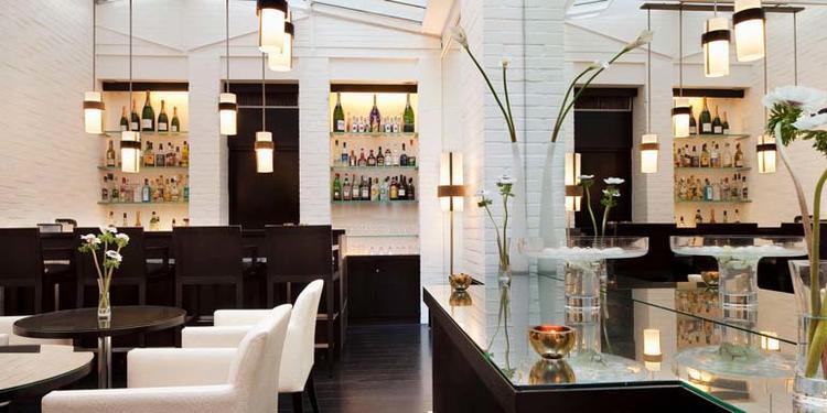 Le A cocktail bar, Bar Paris Champs Elysées #2