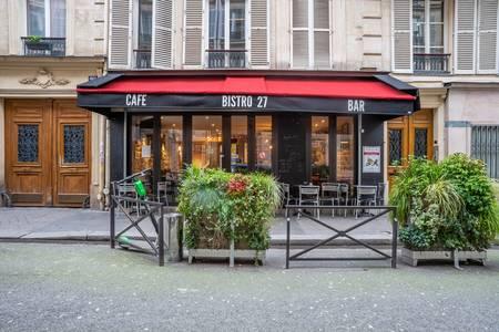 Bistro 27, Bar Paris Place de Clichy #0