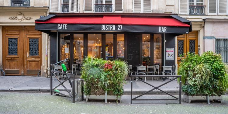 Bistro 27, Bar Paris Place de Clichy #0