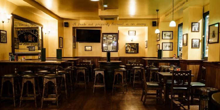 Le Corcoran's Clichy, Bar Paris Pigalle #1
