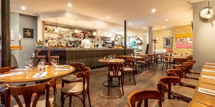 Juste le Zinc, Restaurant Paris Place de Clichy #0