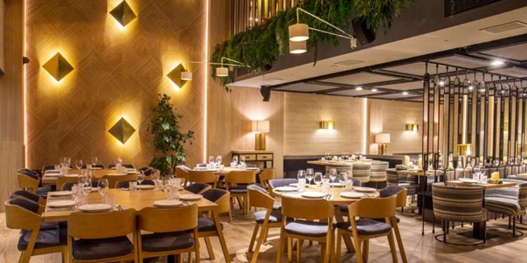 Pomerania, Restaurante Madrid La Castellana #0