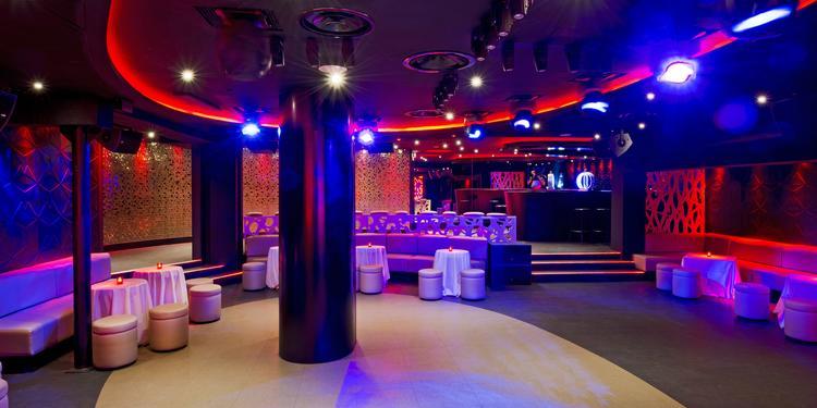 Le Duplex : Strass Club, Salle de location Paris Charles de Gaulle-Etoile #0