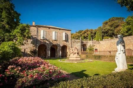 Abbaye De Fontfroide, Salle de location Narbonne  #0