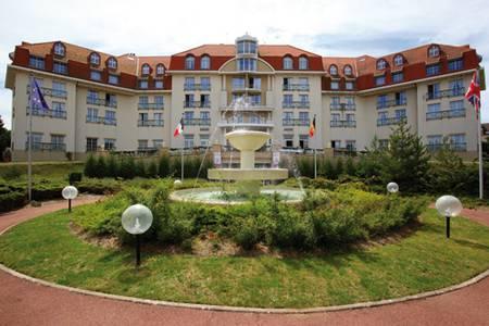 Best Western Le Grand Hôtel Le Touquet-Paris-Plage, Salle de location Le Touquet-Paris-Plage  #0