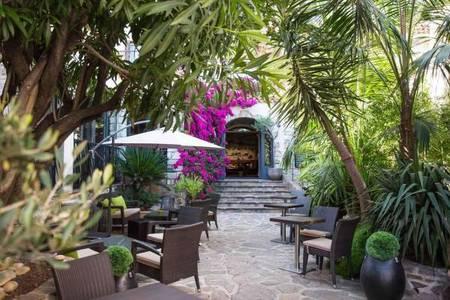 Best Western Plus Hôtel La Corniche, Salle de location Toulon  #0
