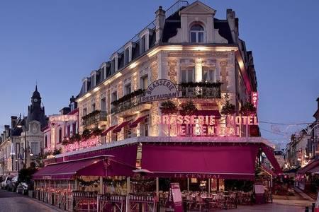 Brasserie - Hôtel Le Central, Salle de location Trouville-sur-Mer  #0