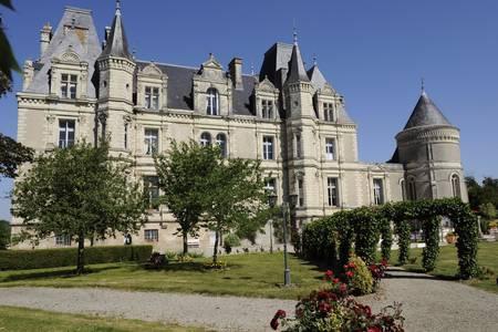 Chateau De La Tremblaye, Salle de location Cholet  #0