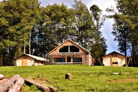 Country Lodge, Salle de location Moulicent  #0
