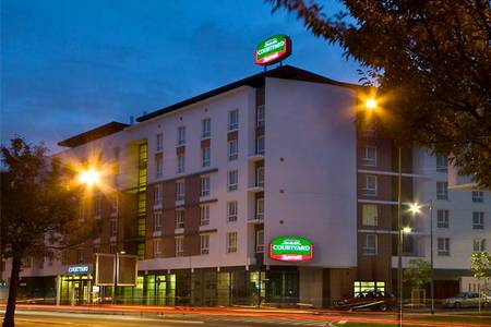 Courtyard By Marriott Saint Denis, Salle de location Saint-Denis  #0