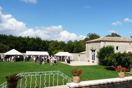 Domaine De La Gravette, Salle de location Beauvoir-sur-Niort  #0