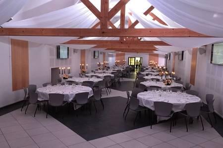 Domaine Des Trois Lacs, Salle de location Chérizet  #0