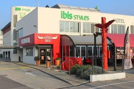 Ibis Styles Crolles Grenoble A41, Salle de location Crolles  #0