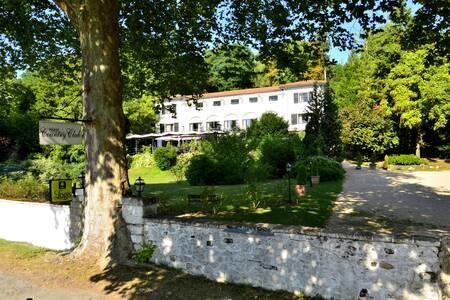 Hôtel Country Club, Salle de location Samois-sur-Seine  #0