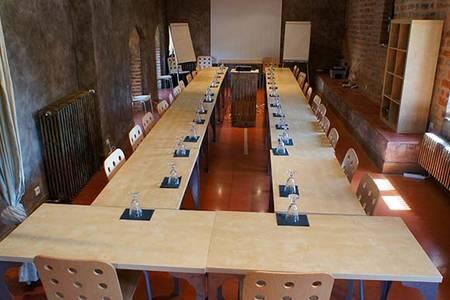 Hôtel De La Tour - Cocooning Et Gastronomie, Salle de location Châtillon-sur-Chalaronne  #0