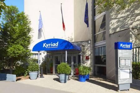 Kyriad Paris Nord Porte De Saint Ouen, Salle de location Saint-Ouen  #0