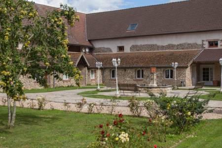 La Ferme De La Petite Loge, Salle de location La Haute-Maison  #0