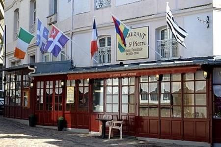 La Porte Saint Pierre, Restaurant Saint-Malo  #0