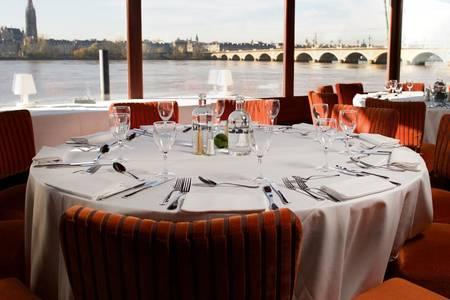 Le Café Du Port, Restaurant Bordeaux  #0