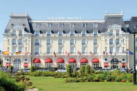 Le Grand Hôtel, Salle de location Roanne  #0