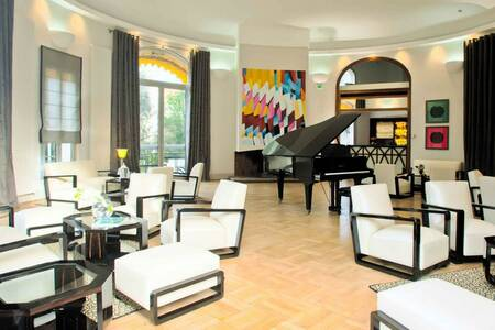 Hôtel Le Grand Pavois Antibes Juan-les-Pins, Salle de location Antibes  #0