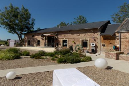 Le Moulin Des Ecrevisses, Salle de location Ailly-sur-Noye  #0