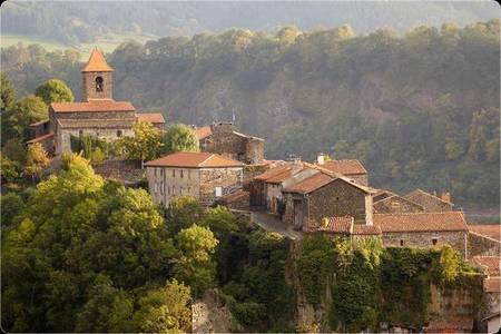 Les Deux Abbesses, Salle de location Saint-Arcons-d'Allier  #0