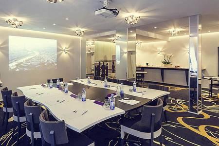 Mercure Paris Place D'Italie, Salle de location Paris Maison-Blanche #0