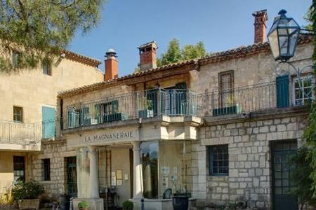 Najeti Hôtel La Magnaneraie, Salle de location Villeneuve-lès-Avignon  #0