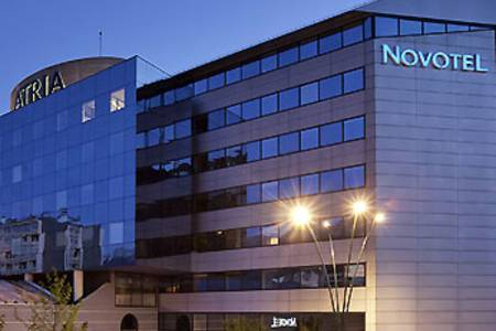 Novotel Annecy Centre Atria, Salle de location Annecy  #0