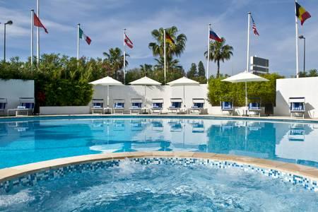 Park Inn By Radisson Nice Airport Hotel, Salle de location Nice  #0