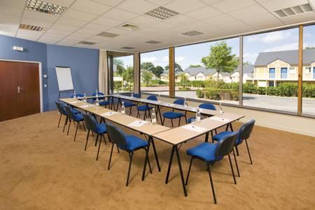 Pierre & Vacances - Village Club Normandy Garden, Salle de location Danestal  #0