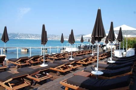 Provencal Beach, Restaurant Antibes  #0