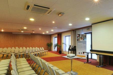 Quality Suites Bordeaux Aéroport, Salle de location Mérignac  #0