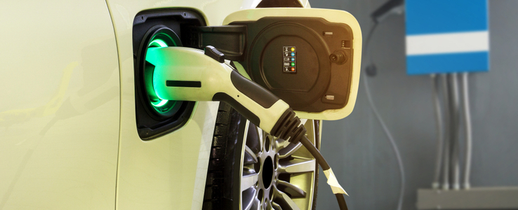 E-Fahrzeug aufladen
