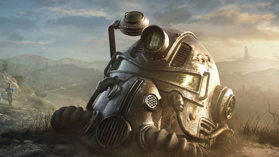 Picture of a T-51b helmet in Fallout 76 with sun shining on it