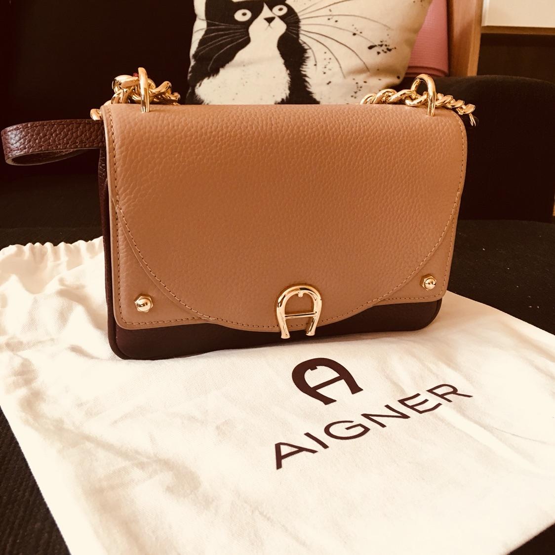 欧阳娜娜同款aigner包包279欧