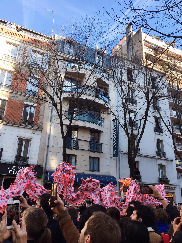 2019年巴黎十三区的新年游行❤️