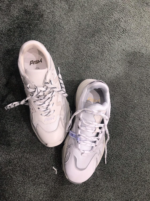 不能少的ash 老爹鞋