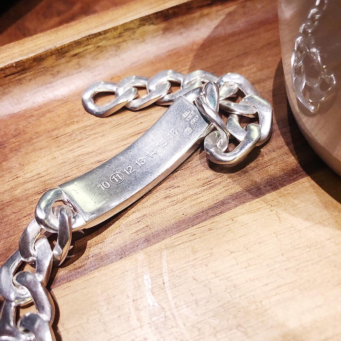 男朋友的情人节礼物,maison margiela手链