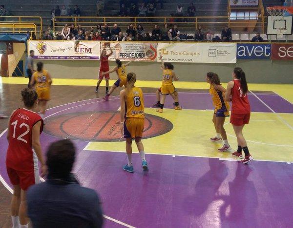 JOVENTUT LES CORTS recupera el liderat en solitari del grup 2 de la Copa Catalunya Femenina