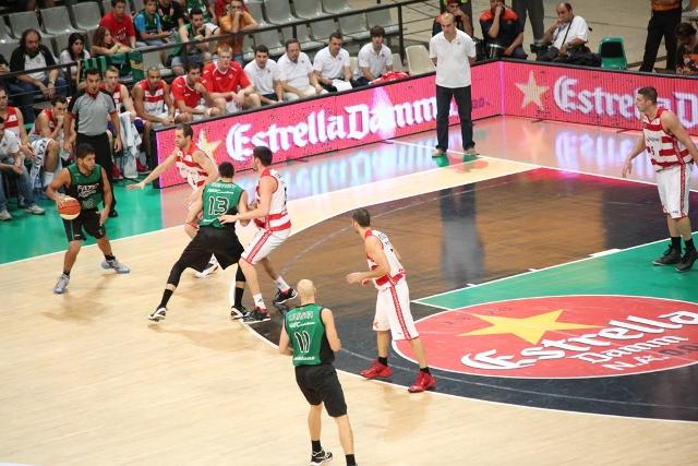 Fiatc Joventut i FC Barcelona Regal disputaran la final de la XXXIII Lliga Nacional Catalana ACB Trofeu Estrella Damm 2012