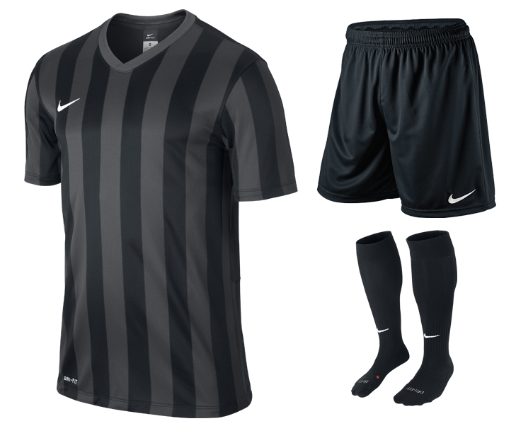 Nike Striped Division 13+1