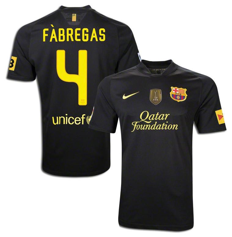 Barcelona - Udebanetrøje 11/12 Børn FÀBREGAS 4 + FIFA WORLD CHAMPIONS 2011 BRYSTMÆRKE + TV3 ÆRMEMÆRK