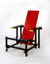 Gerrit Rietveld, Rood-blauwe stoel (Red and Blue Chair), 1919-1923 [design] ca. 1950 [realization]. c/o Pictoright Amsterdam. Collection Stedelijk Museum Amsterdam