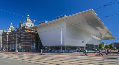 Stedelijk Museum Amsterdam (A.W. Weissman, 1895), Benthem Crouwel Architects. Foto: John Lewis Marshal